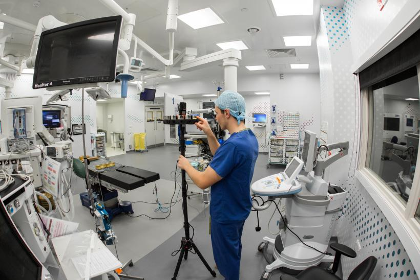Filming the VR in surgery