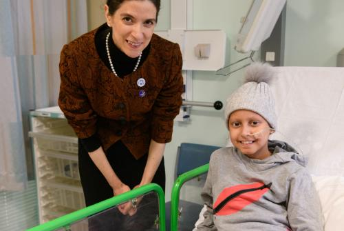 Her Excellency Professor Maha Barakat met a young patient at Great Ormond Street Hospital